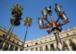 Gaudi-Street-Lamp